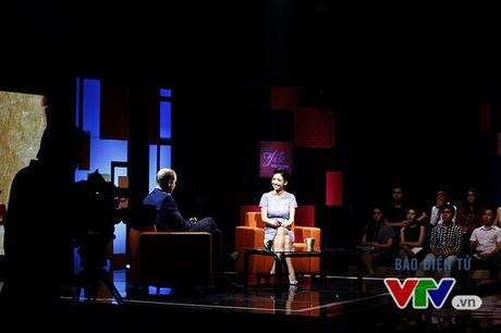 Hoang tu William va nhung hinh anh tai truong quay Talk Vietnam - Anh 5