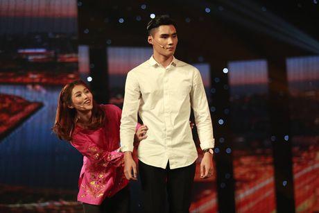 """Hoan doi: Quang Hung chia tay Quynh Chau vi """"ham tien"""" - Anh 7"""