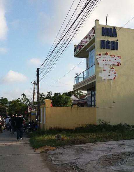 Quang Nam: Bi kich anh doat mang em chi vi con... 'ma ruou' - Anh 3