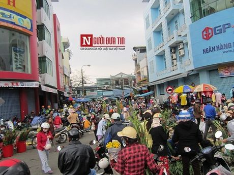 Chu tich Da Nang: 'Chi em tieu thuong chinh la dai su du lich' - Anh 2