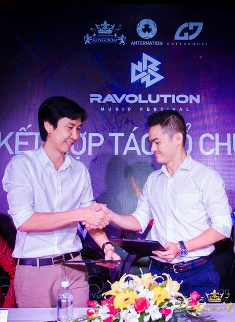 He thong Kingdom to chuc dai nhac hoi dien tu - Anh 1