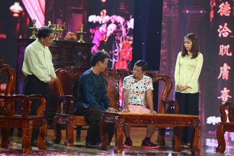 Gia Bao dien lai vai cua Hoai Linh de anh cham diem - Anh 5
