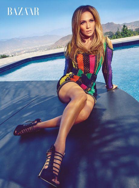 Jennifer Lopez 47 tuoi van tre dep ruc lua - Anh 1