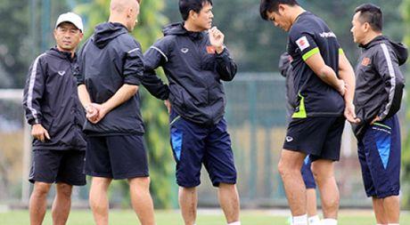 AFF Cup 2016: Viet Nam cu nguoi sang Philippines 'xem chan' doi thu - Anh 1