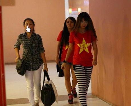 Khoi My dinh scandal nhu Hoa hau Ky Duyen va su that bat ngo - Anh 5