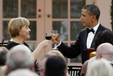 Ong Obama va ba Merkel: Moi tham tinh hiem co - Anh 11