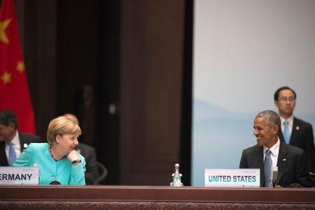 Ong Obama va ba Merkel: Moi tham tinh hiem co - Anh 14