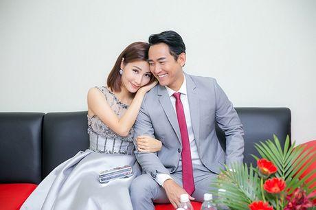 Nhung cap doi dinh nghi an 'phim gia tinh that' cua showbiz Viet - Anh 11