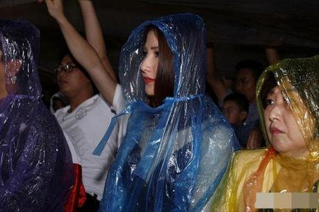 Nhung cap doi dinh nghi an 'phim gia tinh that' cua showbiz Viet - Anh 15