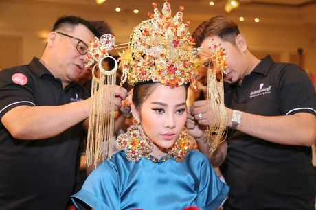 Nam Em hoa 'Hoang hau' quyen uy, lanh lung - Anh 7