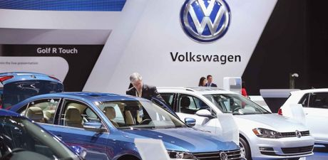 Volkswagen tiep tuc den bu thiet hai cho khach hang tai My - Anh 1