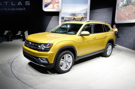 SUV 7 cho Volkswagen Atlas, doi thu canh tranh Ford Explorer - Anh 1