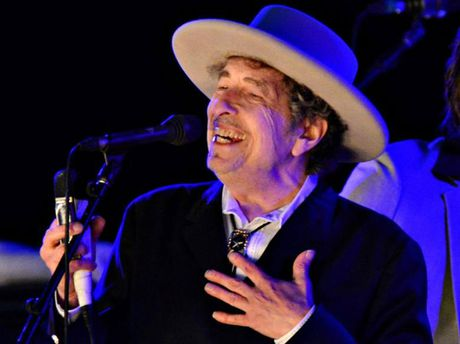 Bob Dylan khong du le trao giai Nobel Van chuong - Anh 1