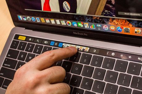 MacBook Pro moi tot, nhung gia con qua 'chat' - Anh 3