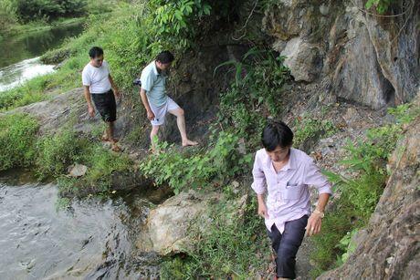 Thay giao loi suoi bang rung 'bat' hoc tro - Anh 10