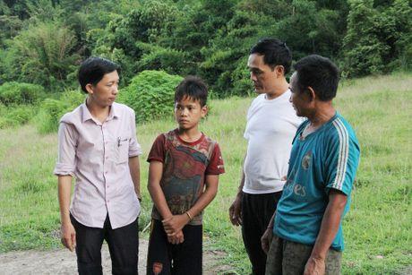 Thay giao loi suoi bang rung 'bat' hoc tro - Anh 13