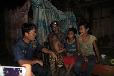 Thay giao loi suoi bang rung 'bat' hoc tro - Anh 16