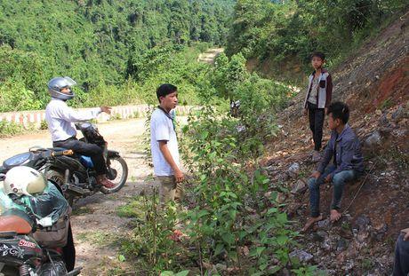 Thay giao loi suoi bang rung 'bat' hoc tro - Anh 22