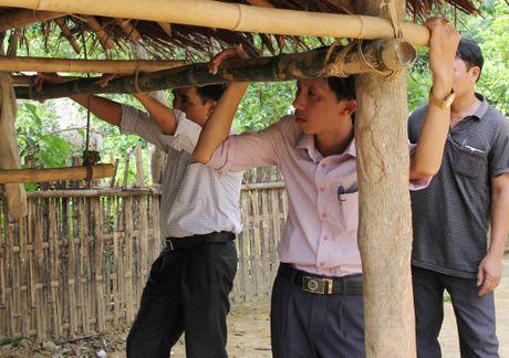 Thay giao loi suoi bang rung 'bat' hoc tro - Anh 6