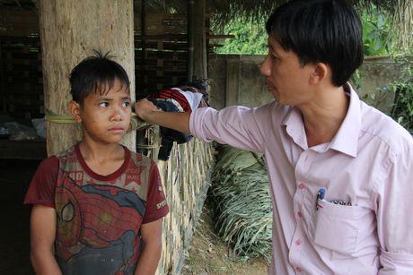 Thay giao loi suoi bang rung 'bat' hoc tro - Anh 9