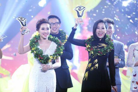 Bien Dam Vinh Hung thanh tho cat toc, Lieu Ha Trinh dang quang 'En vang 2016' - Anh 3