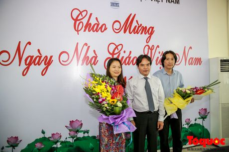 Thu truong Bo VHTTDL Vuong Duy Bien du le ky niem Ngay Nha giao Viet Nam tai Truong Dai hoc My thuat Viet Nam - Anh 5