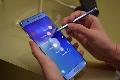 Thong tin Galaxy Note 7 bi chan lien lac tai Viet Nam tu 1/12/2016 khong chinh xac - Anh 1
