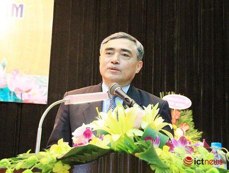 Thu truong Bo TT&TT Nguyen Minh Hong: Hoc vien CNBCVT phai phat trien manh me hon duoi co che tu chu moi - Anh 1