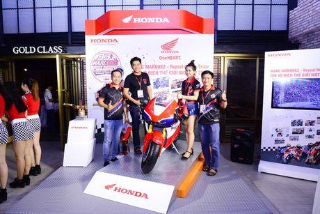 Honda to chuc le chien thang cua Marc Marquez 93 - Anh 5