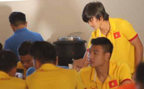 Tuan Anh chac chan lo tran ra quan gap Myanmar - Anh 2