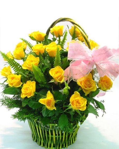 Cach cam hoa dep nhan ngay Nha giao Viet Nam 20-11 - Anh 1