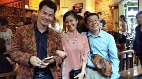 Xuan Bac, Hong Nhung don tiep Hoang tu William - Anh 4