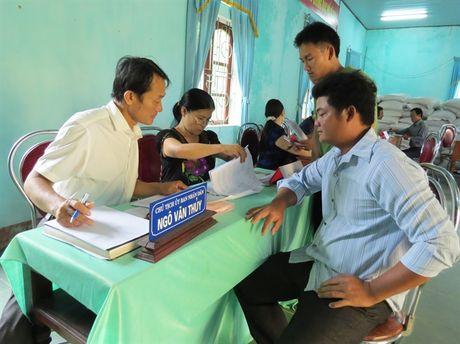 Ngu dan Quang Binh nhan tien chi tra boi thuong cung nhung du tinh lam an - Anh 1