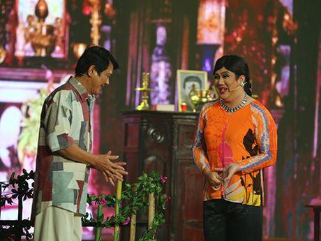 Cuoi xuyen Viet: Gia Bao nhai Hoai Linh va cham biem vu an 'Nga My' - Anh 1