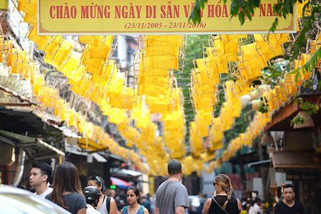 Tai hien 'Net xua' pho co Ha Noi bang 1000 guong quay to va 100 hat gao 'khong lo' - Anh 1