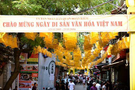Tai hien 'Net xua' pho co Ha Noi bang 1000 guong quay to va 100 hat gao 'khong lo' - Anh 2