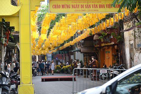 Tai hien 'Net xua' pho co Ha Noi bang 1000 guong quay to va 100 hat gao 'khong lo' - Anh 8
