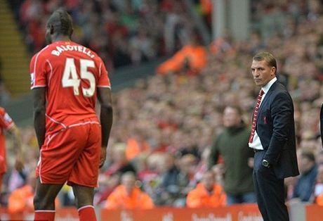 Brendan Rodgers: 'Balotelli noi dung day, toi la HLV te nhat cua cau ay' - Anh 1