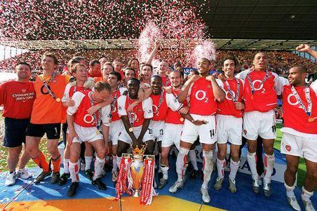 Man United - Arsenal: Mourinho co danh hieu, Wenger co tinh yeu - Anh 4