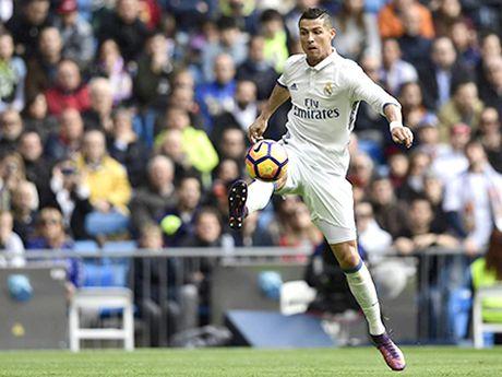 Derby Madrid se bot hap dan vi luat le ky la - Anh 1