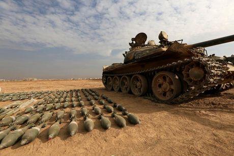 Cac loai vu khi ma IS bo lai khi rut chay tren chien truong Iraq - Anh 1