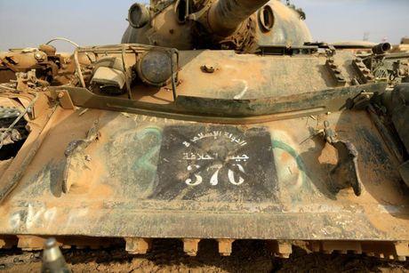 Cac loai vu khi ma IS bo lai khi rut chay tren chien truong Iraq - Anh 3