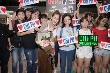 Chi Pu tro ve Viet Nam trong vong vay cua nguoi ham mo - Anh 6