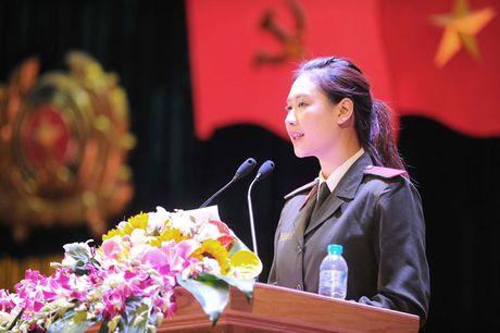 Ong Nguyen Thien Nhan du ky niem 20/11 tai ngoi truong 8 lan Bac ve tham - Anh 12