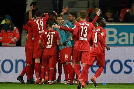 Nguoc dong ha Leverkusen, RB Leipzig chiem ngoi dau cua Bayern - Anh 2