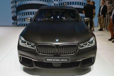 BMW M760Li: Sieu sedan 600 ma luc - Anh 2