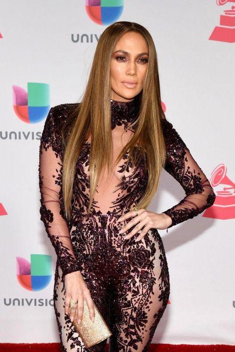 Jennifer Lopez goi cam 'quen sau' o tuoi U50 - Anh 5