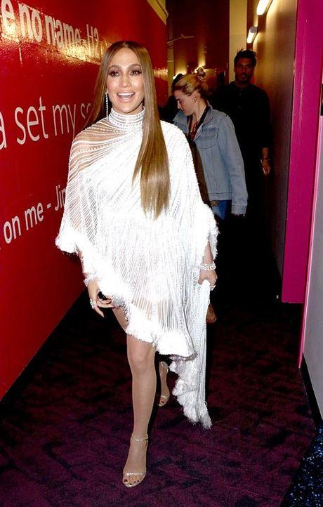 Jennifer Lopez goi cam 'quen sau' o tuoi U50 - Anh 6