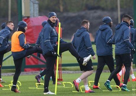 Chum anh: Mourinho va hoc tro tuoi nhu hoa, san sang ha Arsenal - Anh 2