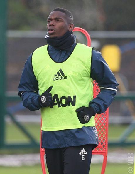 Chum anh: Mourinho va hoc tro tuoi nhu hoa, san sang ha Arsenal - Anh 7